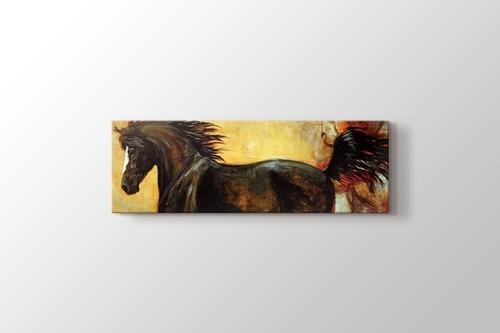 Black Horse görseli.