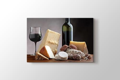 Cheese Platter and Wine görseli.