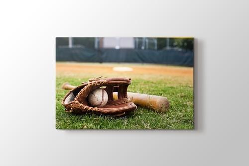 Eski Bezbol Eldiven Sopa ve Topu görseli.