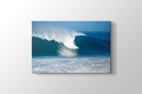 Surfing at the Ocean görseli.