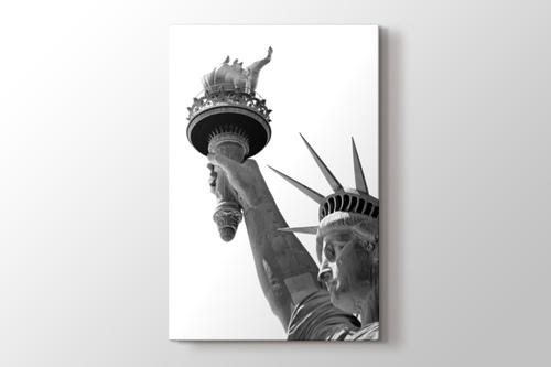 Liberty Statue görseli.