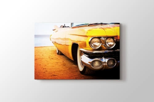 Sarı Cadillac görseli.
