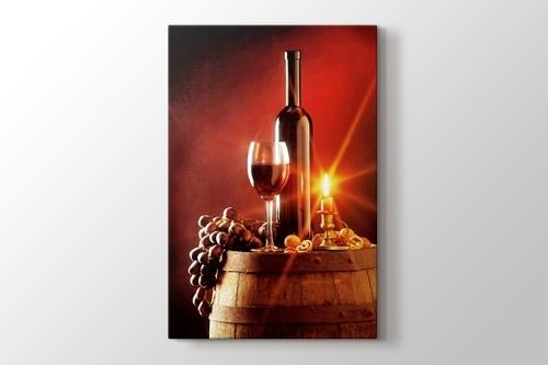 Wine and Candle görseli.