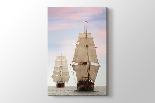 Yelkenli Gemiler görseli.