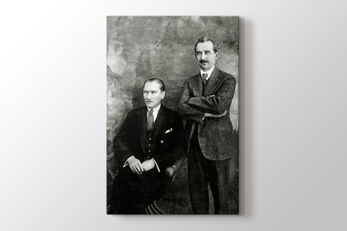 Mustafa Kemal ve İsmet Paşa görseli.