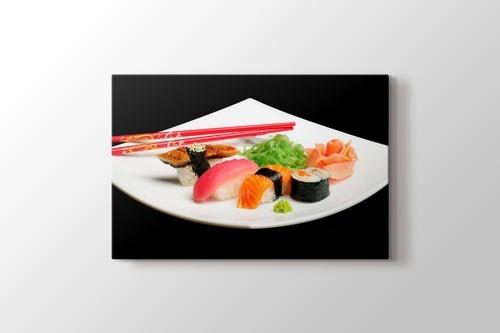 Tabakta Sushi Set görseli.
