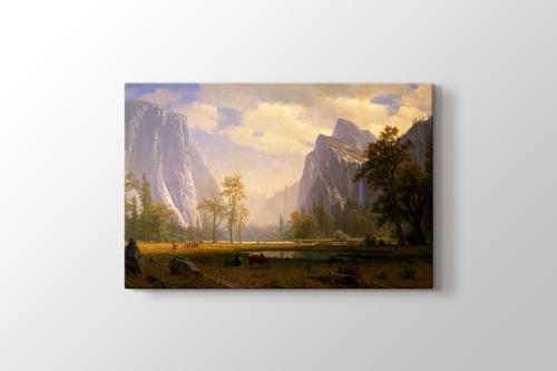 Looking Up the Yosemite Valley görseli.