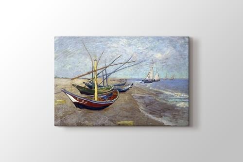 Fishing Boats on the Beach at Saintes Maries görseli.