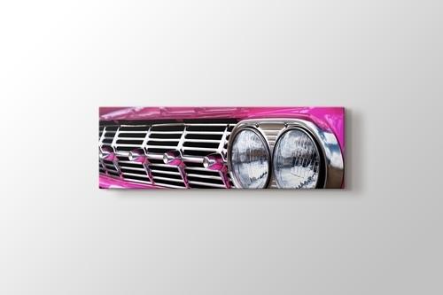 Pink Chevrolet Impala görseli.