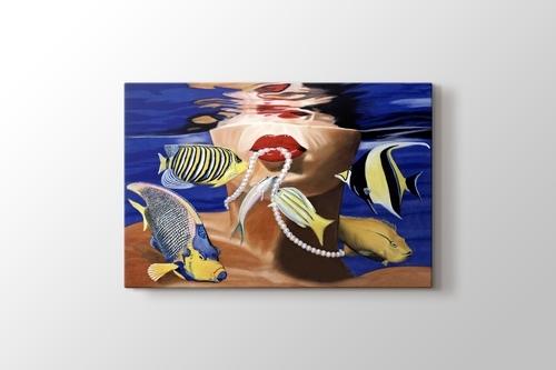 Fish Girl with Pearl Neckles görseli.