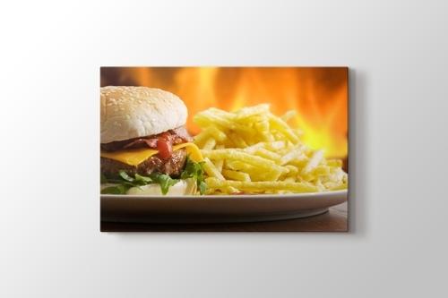 Hamburger ve Patates görseli.