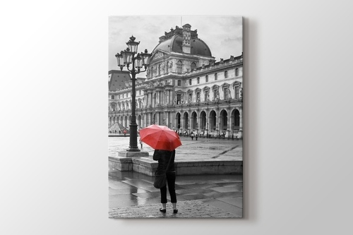 Louvre görseli.