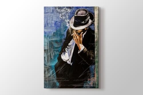 Man with Cigarette görseli.
