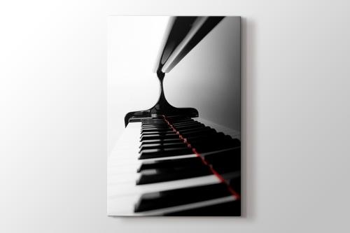 Yakın Çekim Piano görseli.