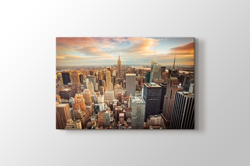 Empire State Building görseli.