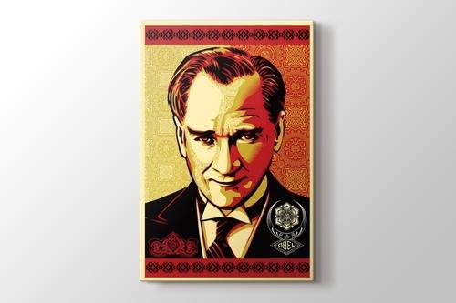 Obey Atatürk görseli.