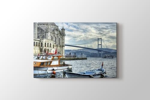 Ortaköy Cami ve Boğaziçi Köprüsü görseli.