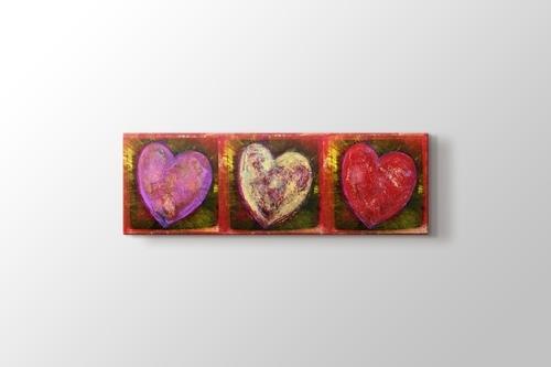 Three Hearts görseli.