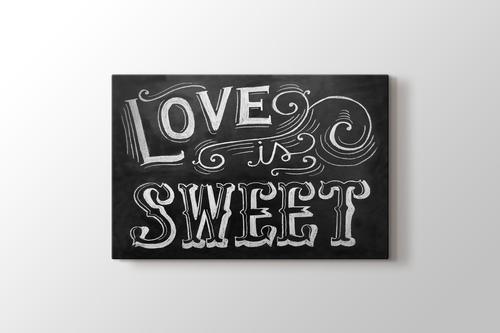 Love is Sweet görseli.
