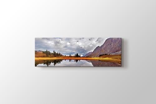 Beautiful Small Lake görseli.