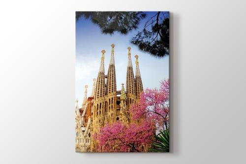 Barcelona - La Sagrada Familia görseli.