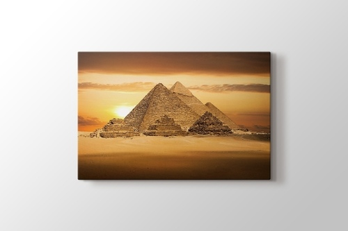 Pyramids görseli.