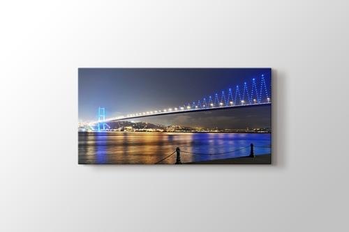 İstanbul Boğaziçi Köprüsü Gece Manzarası görseli.