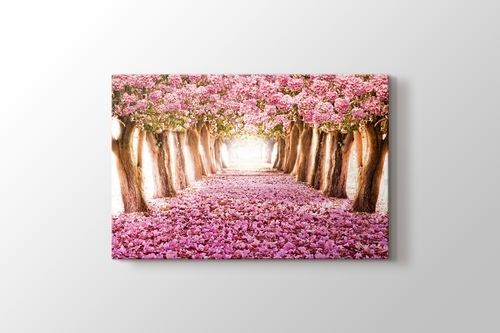 Pink Trees görseli.