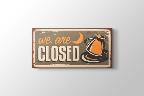 We are Closed görseli.