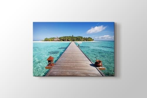 Maldives - Wooden Pathway görseli.