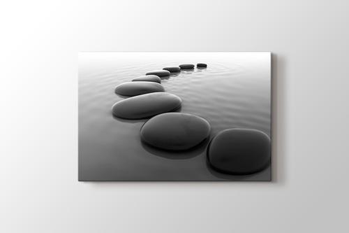 Pebbles on Sand görseli.